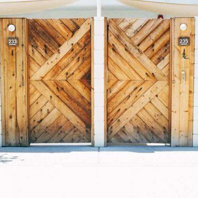 Oferty drzwi z drewna